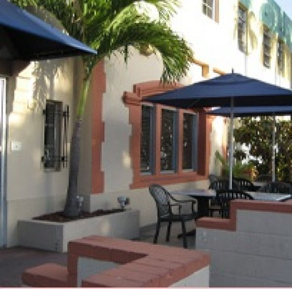 Jazz On South Beach Hostel In Miami