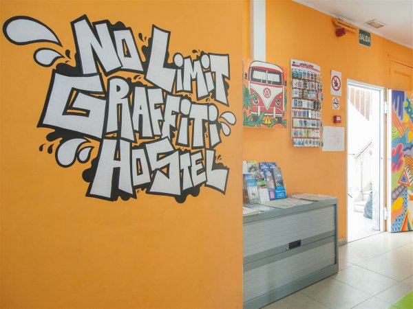 No Limit Hostel Graffiti, Barcelona