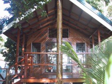 Safari Island Lodge, Rakiraki