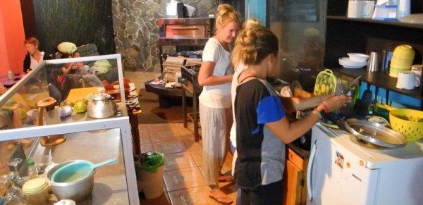 Sleepers Sleep Cheaper Hostel, Monteverde