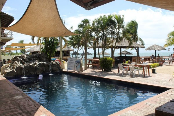 Smugglers Cove Beach Resort and Hotel, Nadi